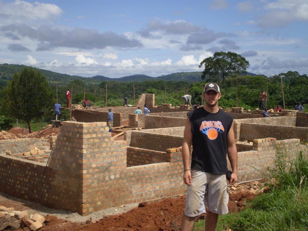 2010 – SCHOOL BUILD